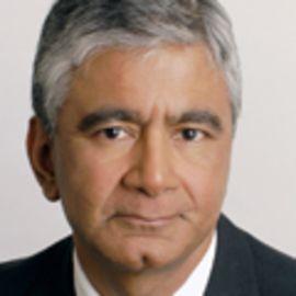 Komal Sri-Kumar Headshot