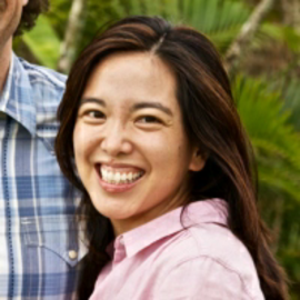 Aki Kamozawa Headshot