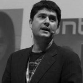 Javier Garcia-Martinez Headshot