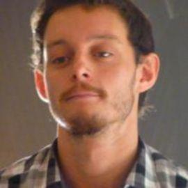 Tomas de Lara Headshot