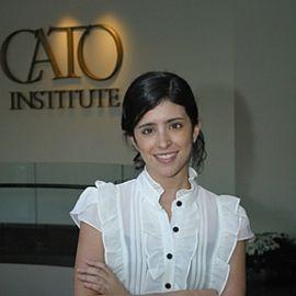 Gabriela Calderon de Burgos Headshot