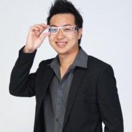 Guo Feng Chan Headshot