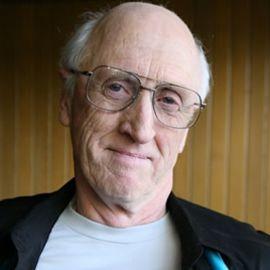 Stewart Brand Headshot