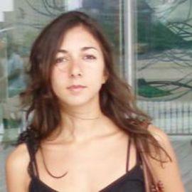 Giovanna Medina Headshot