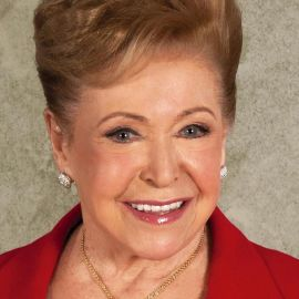 Mary Higgins Clark Headshot