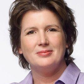 Lynn Crawford Headshot