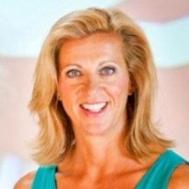 Sally Gunnell Headshot