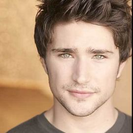 Matt Dallas Headshot