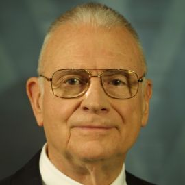 Lee Hamilton Headshot