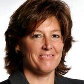 Sally Jenkins Headshot