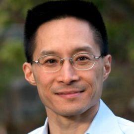 Eric Liu Headshot