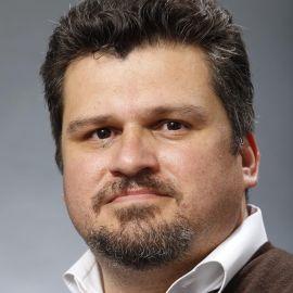 Ruben Navarrette Jr. Headshot
