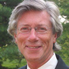 Bernard Baumohl Headshot