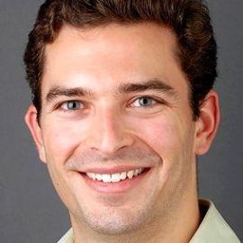 Aaron Patzer Headshot