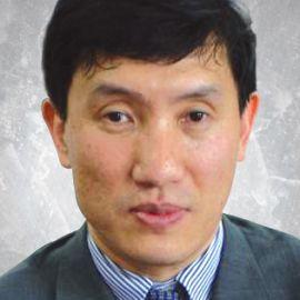 Yasheng Huang Headshot