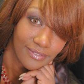Tonisha Pinckney Headshot