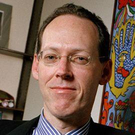 Dr. Paul Farmer Headshot