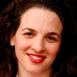 Alexandra Samuel Headshot