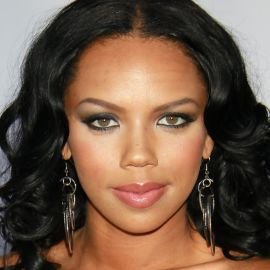 Kiely Williams Headshot