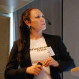Annika Lidne Headshot