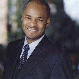 Adrian Davis Headshot