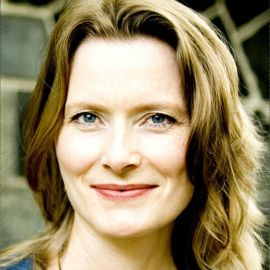 Jennifer Egan Headshot