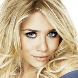Ashley Olsen Headshot
