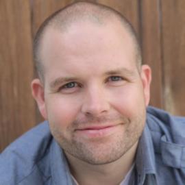 Daniel Van Kirk Headshot