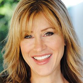 Lisa Ann Walter Headshot
