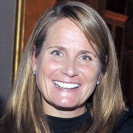 Anne Mosle Headshot