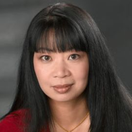 Jean Kwok Headshot