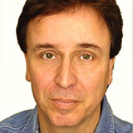 Dennis Blair Headshot