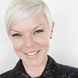 Tabatha Coffey Headshot