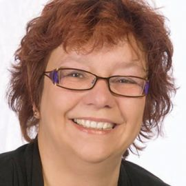 Knauer Ulrike Headshot