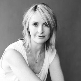 Rebecca Taylor Headshot