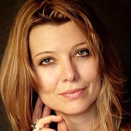 Elif Shafak Headshot