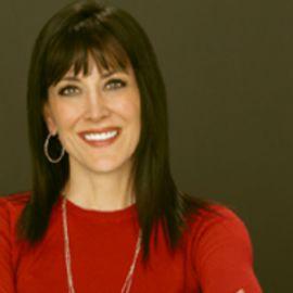 Stephanie Miller Headshot