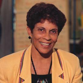 Dr. Beth Harry Headshot