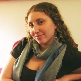 Nona Willis Aronowitz Headshot