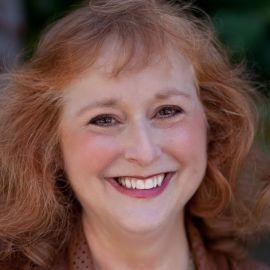 Linda Cahan Headshot