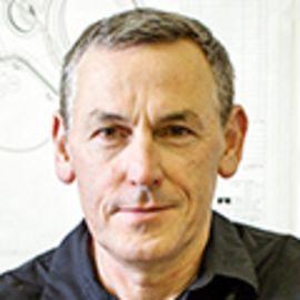 Ian Wright Headshot