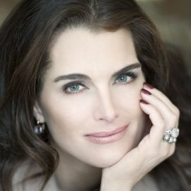 Brooke Shields Headshot