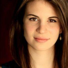 Amelia Rose Blaire Headshot