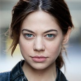 Analeigh Tipton Headshot