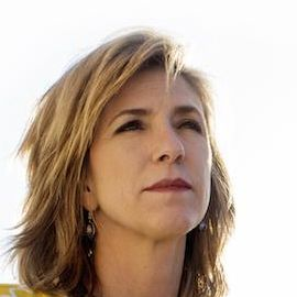 Kelly Siegler Headshot