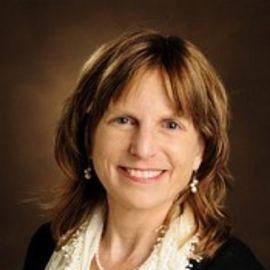 Dr. Elisabeth Dykens Headshot