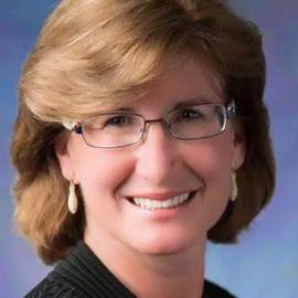 Susan Mazza Headshot