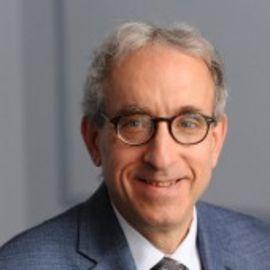 Robert Y. Shapiro Headshot