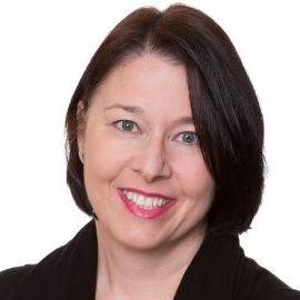 Susan Etlinger Headshot