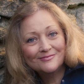 Mary Claire O'Neal Headshot